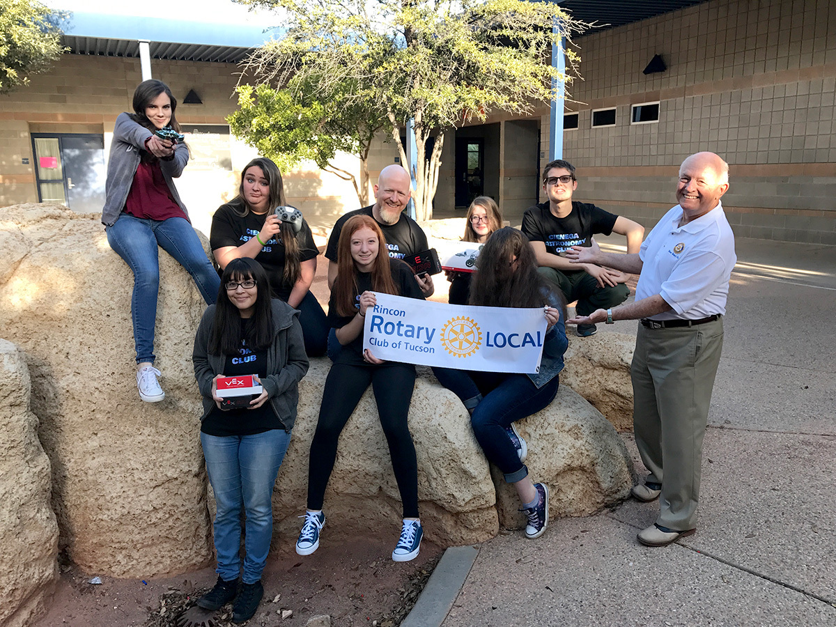 Rincon Rotary helps Cienega High School explore Mars.