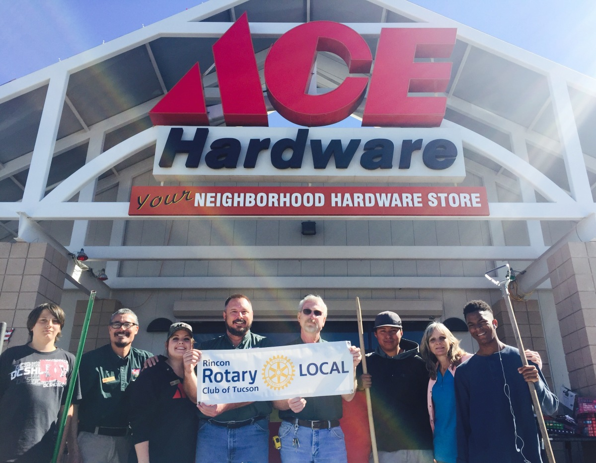 Rincon Rotary Club and Ace Hardware help Julie Wilson bring up builders